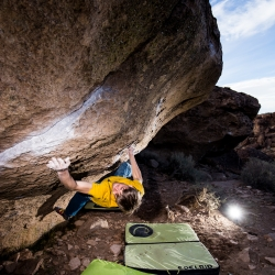 """Jochen Perschmann sending """"Bubba Laboratory, V12"""" Happy Boulders"""